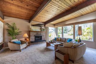 Photo 4: 3553 Cardiff Pl in : OB Henderson House for sale (Oak Bay)  : MLS®# 872669