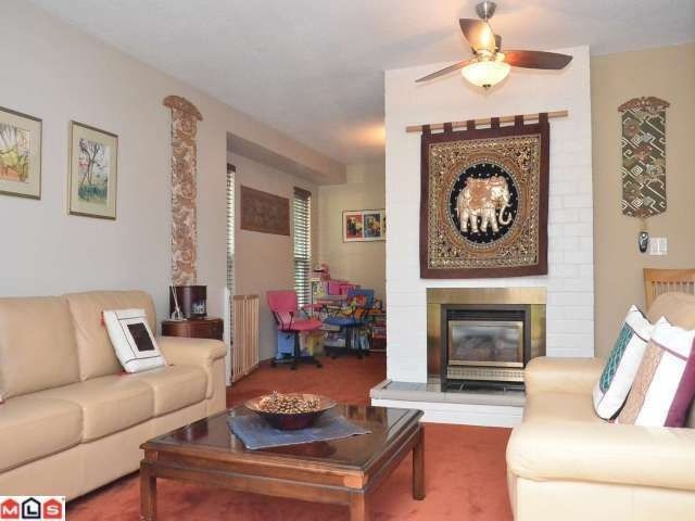 """Photo 3: Photos: 8853 DELMONTE Crescent in Delta: Nordel House for sale in """"DELWOOD PARK"""" (N. Delta)  : MLS®# F1223590"""