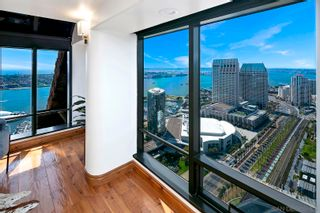 Photo 10: DOWNTOWN Condo for sale : 3 bedrooms : 100 Harbor #4102 in San Diego