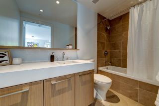 """Photo 15: 308 3220 CONNAUGHT Crescent in North Vancouver: Edgemont Condo for sale in """"The Connaught"""" : MLS®# R2405585"""