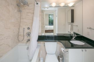 """Photo 14: 105 928 RICHARDS Street in Vancouver: Yaletown Townhouse for sale in """"SAVOY"""" (Vancouver West)  : MLS®# R2188687"""