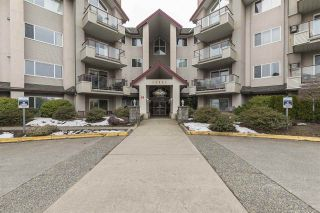 """Main Photo: 204 45520 KNIGHT Road in Sardis: Sardis West Vedder Rd Condo for sale in """"Morningside"""" : MLS®# R2346105"""