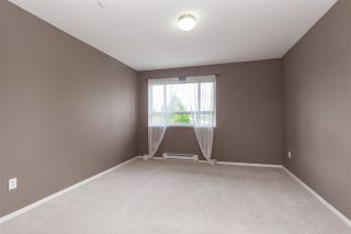 "Photo 14: 404 15885 84 Avenue in Surrey: Fleetwood Tynehead Condo for sale in ""Abbey Road"" : MLS®# R2372241"