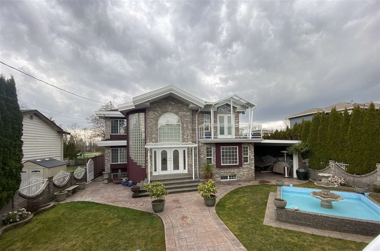 Main Photo: 8675 ARMSTRONG Avenue in Burnaby: The Crest House for sale (Burnaby East)  : MLS®# R2556223