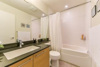 "Photo 15: 1907 13399 104 Avenue in Surrey: Whalley Condo for sale in ""D'Corize"" (North Surrey)  : MLS®# R2370927"