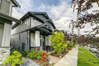 """Photo 28: 20383 83B Avenue in Langley: Willoughby Heights House for sale in """"Willoughby West by Foxridge"""" : MLS®# R2456376"""