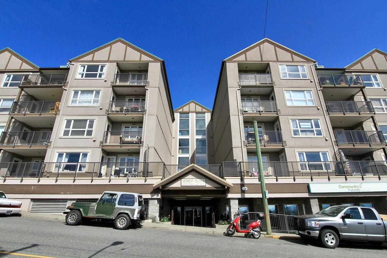 """Main Photo: 105 33165 2ND Avenue in Mission: Mission BC Condo for sale in """"Mission Manor"""" : MLS®# R2575183"""