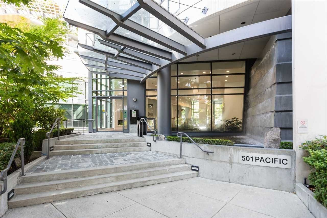 """Main Photo: 2201 501 PACIFIC Street in Vancouver: Downtown VW Condo for sale in """"THE 501"""" (Vancouver West)  : MLS®# R2605380"""