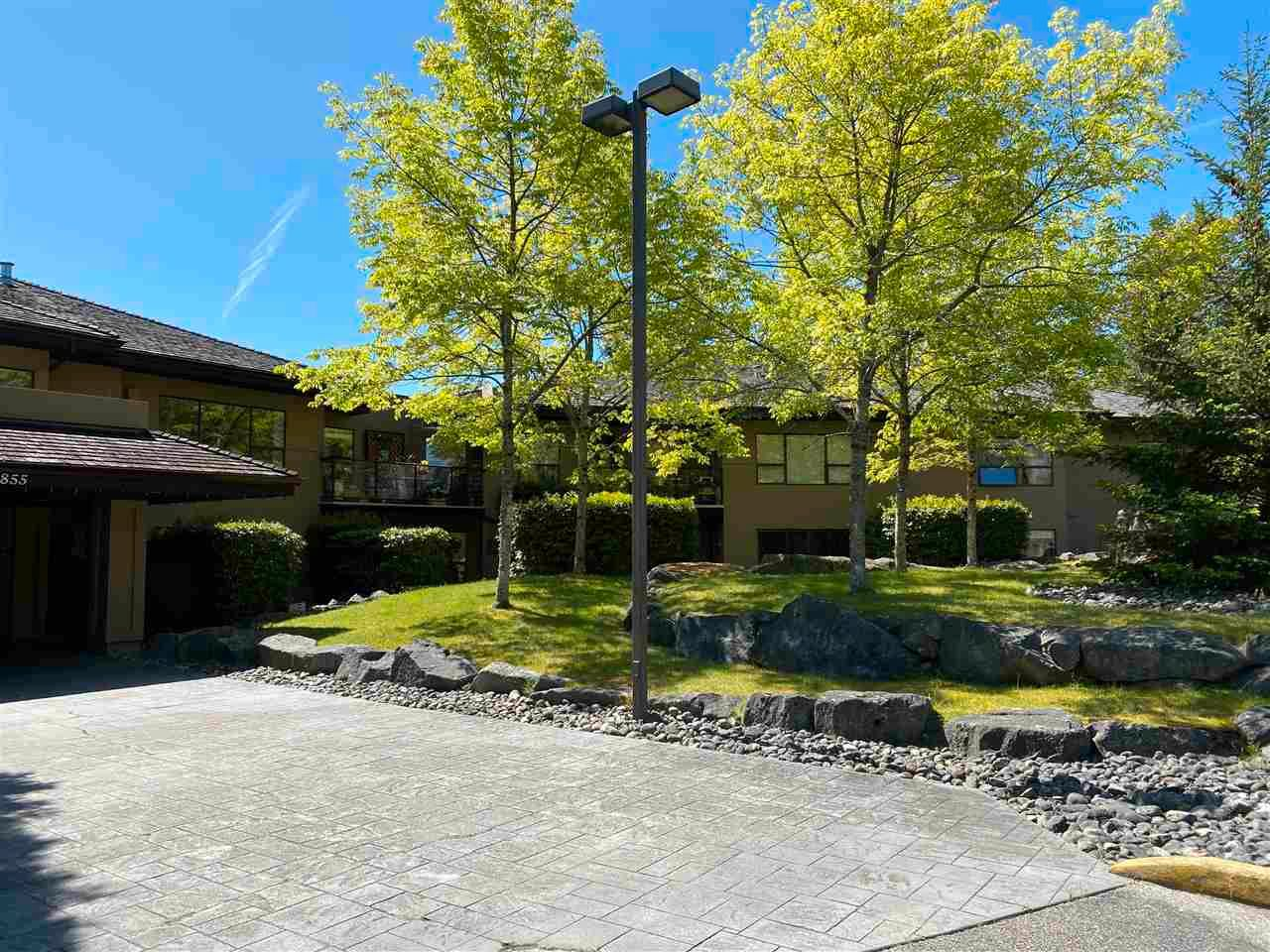 """Main Photo: 403 5855 COWRIE Street in Sechelt: Sechelt District Condo for sale in """"THE OSPREY"""" (Sunshine Coast)  : MLS®# R2581571"""