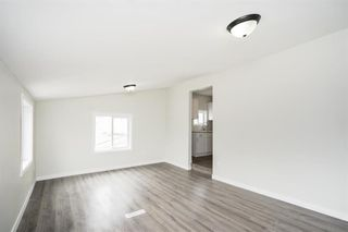 Photo 12: 367 Agnes Street in Winnipeg: West End Residential for sale (5A)  : MLS®# 202110420