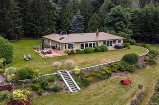 Photo 3: 1555 Sylvan Pl in North Saanich: NS Lands End House for sale : MLS®# 841940