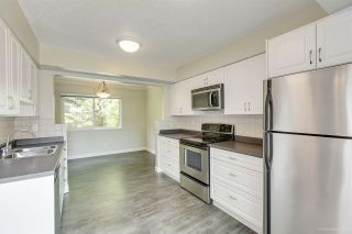 """Photo 5: 205 CAMBRIDGE Way in Port Moody: College Park PM Townhouse for sale in """"EASTHILL"""" : MLS®# R2371317"""