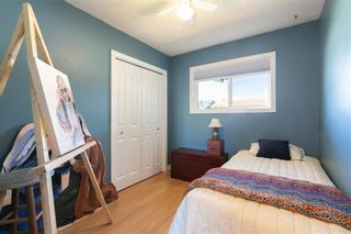 Photo 17: 27 Beaver Place: Beiseker Detached for sale : MLS®# C4306269