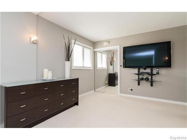 Photo 15: Photos: 120 Brookhaven Bay in Winnipeg: Southdale Residential for sale (2H)  : MLS®# 1622301