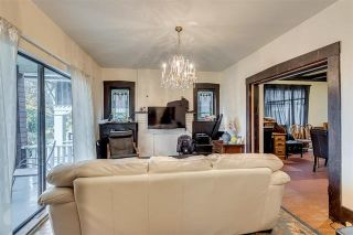 Photo 2: 2425 W 5TH AVENUE in Vancouver: Kitsilano House for sale (Vancouver West)  : MLS®# R2132061