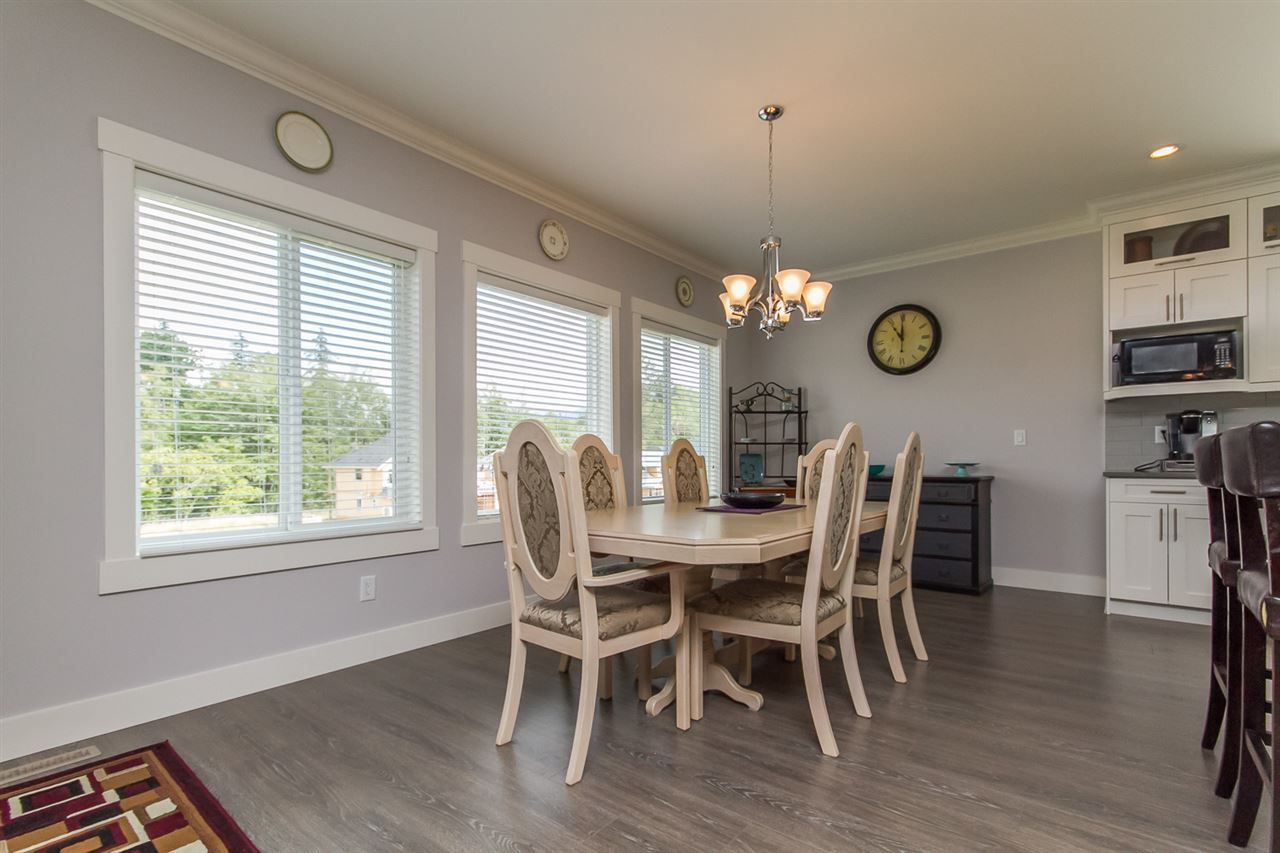 Photo 16: Photos: 33925 MCPHEE Place in Mission: Mission BC House for sale : MLS®# R2519119