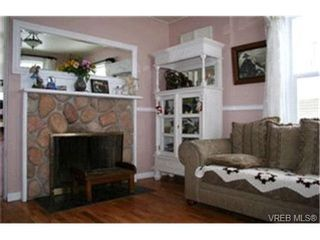 Photo 2:  in VICTORIA: SW Strawberry Vale House for sale (Saanich West)  : MLS®# 423135
