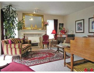 """Photo 3: 2639 DAYBREAK LN in Abbotsford: Abbotsford East House for sale in """"THE BLUFFS"""" : MLS®# F2618892"""