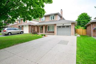 Photo 2: 229 Village Wood Road in Oakville: Bronte West House (2-Storey) for lease : MLS®# W5242624