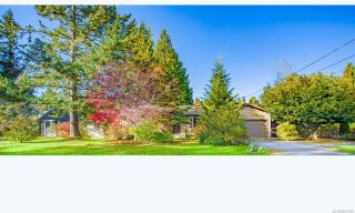 Photo 1: 585 Hall Rd in QUALICUM BEACH: PQ Qualicum Beach House for sale (Parksville/Qualicum)  : MLS®# 827916
