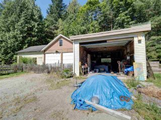 Photo 7: 5761 MCLAUGHAN Road in Sechelt: Sechelt District House for sale (Sunshine Coast)  : MLS®# R2479077
