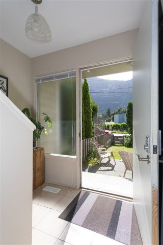 Photo 10: 37955 - 37959 WESTWAY Avenue in Squamish: Valleycliffe Fourplex for sale : MLS®# R2183084