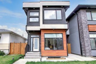 Main Photo: 1608 22 Avenue NW in Calgary: Capitol Hill Detached for sale : MLS®# A1071138