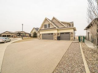 Photo 2: 180 Canyoncrest Point W in Lethbridge: Paradise Canyon Residential for sale : MLS®# A1063910