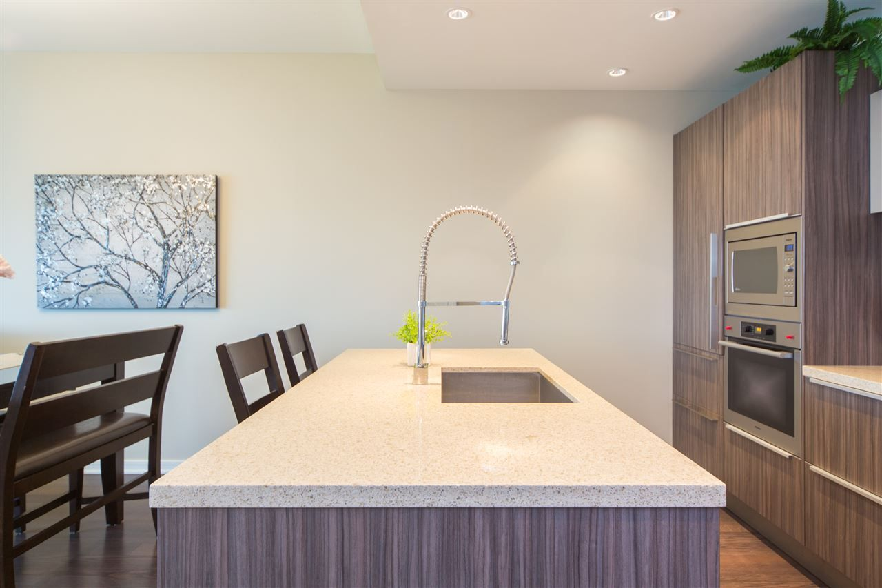Photo 9: Photos: 606 1616 COLUMBIA STREET in Vancouver: False Creek Condo for sale (Vancouver West)  : MLS®# R2085306