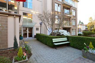 Photo 21: 403 15340 19A Avenue in Surrey: King George Corridor Condo for sale (South Surrey White Rock)  : MLS®# R2353532