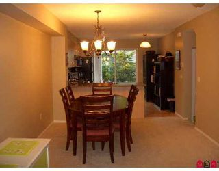 """Photo 8: 77 15871 85TH Avenue in Surrey: Fleetwood Tynehead Townhouse for sale in """"Huckleberry"""" : MLS®# F2716364"""