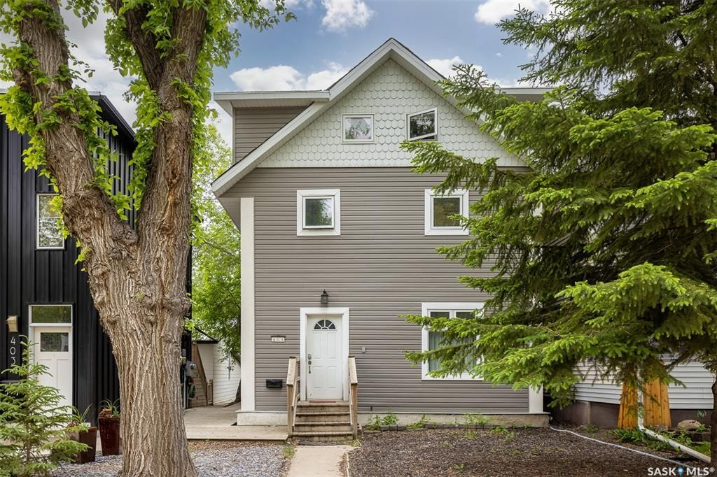 Main Photo: 405 27th Street West in Saskatoon: Caswell Hill Residential for sale : MLS®# SK864417