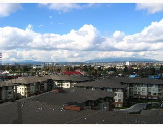 """Photo 1: 8871 LANSDOWNE Road in Richmond: Brighouse Condo for sale in """"CENTRE POINT"""" : MLS®# V640031"""