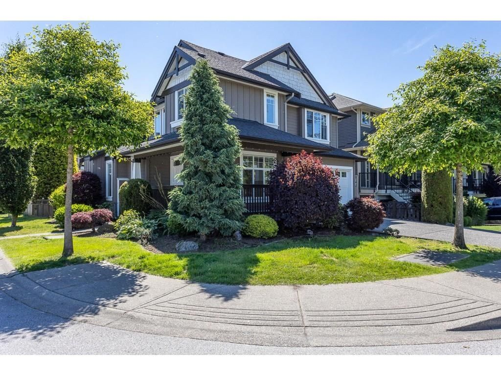 Main Photo: 11240 236 Street in Maple Ridge: Cottonwood MR House for sale : MLS®# R2594512