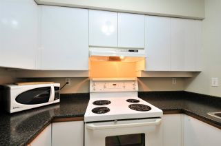 "Photo 3: 112 1009 HOWAY Street in New Westminster: Uptown NW Condo for sale in ""HUNTINGTON WEST"" : MLS®# R2045369"