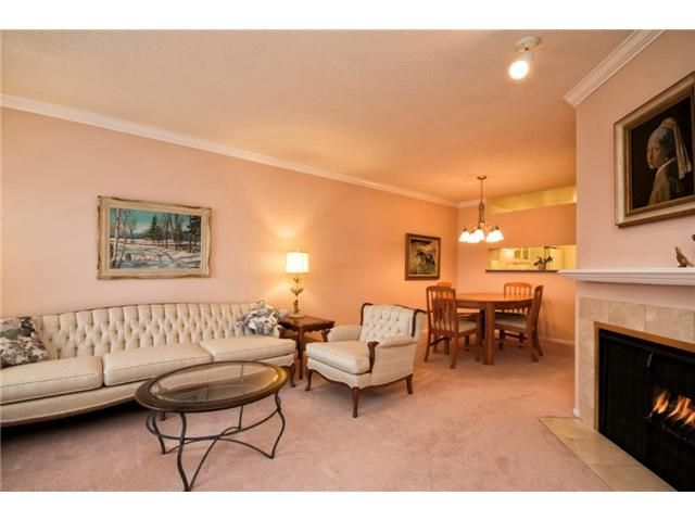 """Photo 3: Photos: 307 121 W 29TH Street in North Vancouver: Upper Lonsdale Condo for sale in """"SOMERSET GREEN"""" : MLS®# V1054924"""