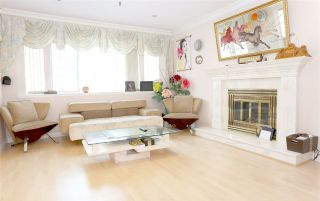 Photo 5: 2169 E 48TH Avenue in Vancouver: Killarney VE House for sale (Vancouver East)  : MLS®# R2156457