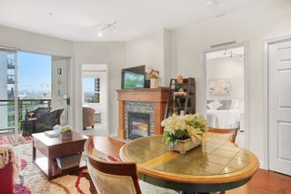 """Photo 3: 305 131 W 3RD Street in North Vancouver: Lower Lonsdale Condo for sale in """"Seascape Landing"""" : MLS®# R2610533"""