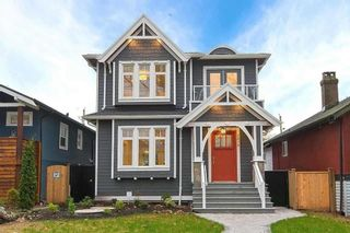 Photo 1: 2474 ETON Street in Vancouver: Hastings Sunrise House for sale (Vancouver East)  : MLS®# R2466309