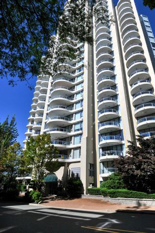 Photo 1: 906 739 PRINCESS STREET in New Westminster: Uptown NW Condo for sale : MLS®# R2204179