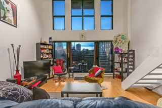 Photo 1: 406 22 Cordova Street in Vancouver: Downtown VE Condo for sale (Vancouver East)  : MLS®# R2175002