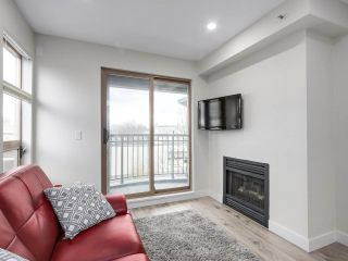 """Photo 9: 401 688 E 16TH Avenue in Vancouver: Fraser VE Condo for sale in """"VINTAGE EASTSIDE"""" (Vancouver East)  : MLS®# R2223422"""