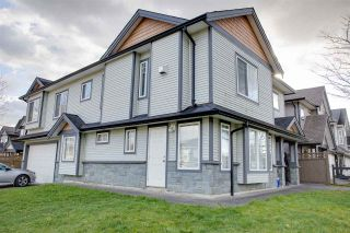 Photo 1: 23078 117 Avenue in Maple Ridge: East Central House for sale : MLS®# R2556265