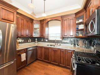 Photo 2: 4220 GLEN Drive in Vancouver: Knight 1/2 Duplex for sale (Vancouver East)  : MLS®# V991950
