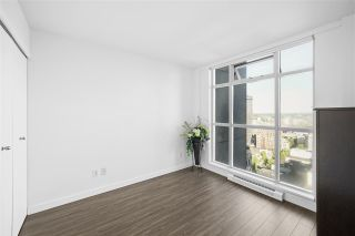 Photo 2: 2308 438 SEYMOUR Street in Vancouver: Downtown VW Condo for sale (Vancouver West)  : MLS®# R2486589