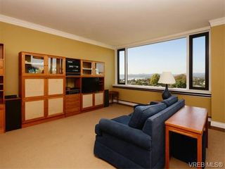 Photo 3: 601 139 Clarence St in VICTORIA: Vi James Bay Condo for sale (Victoria)  : MLS®# 743388
