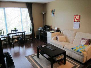 """Photo 3: 302 929 W 16TH Avenue in Vancouver: Fairview VW Condo for sale in """"OAKVIEW GARDEN"""" (Vancouver West)  : MLS®# V1122084"""