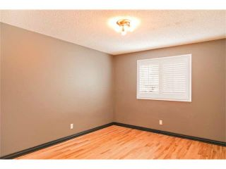 Photo 10: 11616 OAKFIELD Drive SW in Calgary: Cedarbrae House for sale : MLS®# C4076543