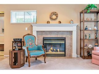 """Photo 6: 159 20391 96 Avenue in Langley: Walnut Grove Townhouse for sale in """"Chelsea Green"""" : MLS®# R2539668"""