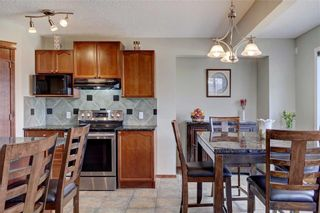 Photo 10: 155 CHAPALINA Mews SE in Calgary: Chaparral Detached for sale : MLS®# C4247438
